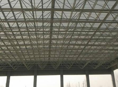 大阪国际机场是采用钢结构主体